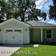 This 3 bedroom, 2 ... bath home has 1,229 square feet of living space. Wood-look floors throughout; kitchen is equipped with matching refrigerator and range. There is a washer/dryer hook up.