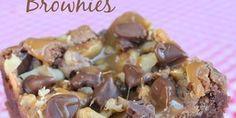 Chocolate Turtle Brownies Recipe - Six Sisters Stuff Bar Recipes, Brownie Recipes, Chocolate Recipes, Yummy Recipes, Dessert Recipes, Cooking Recipes, Yummy Food, Bar Cookies, Desert Recipes