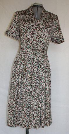 Vintage Dress 1950's Shelton Stroller Day by ilovevintagestuff