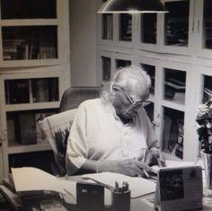 Guruji in library photo by Raya