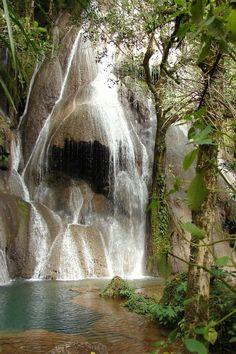 Cachoeira do Fantasma II through the eyes of Modos, via TrekEarth - Bodoquena, MS, Brazil