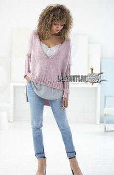 Стильный вязаный пуловер с удлинённой спинкой