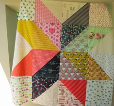 catandvee: .: Cotton + Steel Giant Vintage Star quilt top :. *Add patterned print to corners