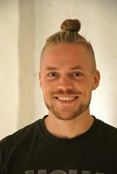 Jeppe Skovgaard gorgeous hair...