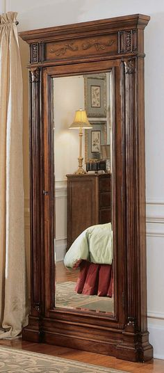 Luxurious Mirrored Jewelry Armoire Organizer Storage Antique Wooden Carved  Floor