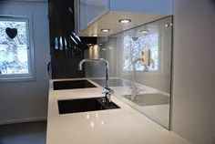 Bilderesultat for vegg bak komfyr Bathtub, Plexiglass, Bathroom
