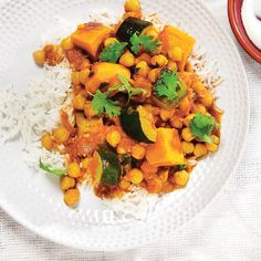zucchini coconut chickpea curry with sweet potato and canned tomatoes