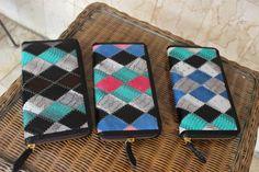 Batik Ria: Cobra Wallet IDR 300.000/USD 30