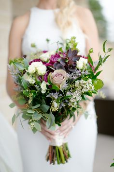 Flowers by Sisters Floral Design Studio www.sistersflowers.net Image by Valerie & Ed Photography #sistersfloraldesignstudio #weddingflowers #bridalbouquet #fallwedding #farmwedding #outdoorwedding #dahlias Bridesmaid Bouquet, Wedding Bouquets, Bridesmaids, Wedding Flowers, Dahlias, Farm Wedding, Floral Design, Floral Wreath, Sisters