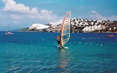 Windsurfing in Europe travel articles: Be inspired by articles about Europe Windsurfing holidays courses & experiences Wind Surf, Places To Travel, Places To Visit, Turkey Holidays, Air Balloon Rides, Southern Europe, Seven Wonders, Water Photography, Windsurfing
