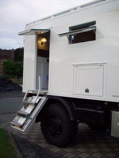 Taveirne Mobil - Expedition vehicles from 3500 lbs. Camper Steps, Off Road Camper, Diy Camper, Truck Camper, Camper Van, Overland Truck, Expedition Vehicle, Kabine, 4x4 Trucks