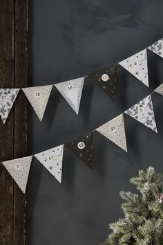 A unique Christmas/Advent calendar, and quite a sizable one at that! These 24 cones (6 different designs) are attached to the accompanying 6-metre-long silver string, creating an incredibly festive Christmas garland for any room – and leaving no hesitation about what season it is!