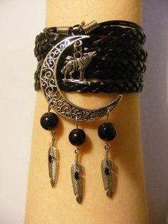 Wolf bracelet wolf jewelry native american by LJsBraceletBoutique