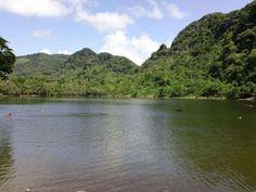 Una vista de la bella Laguna de San Carlos, al oeste Ciudad Panamá.