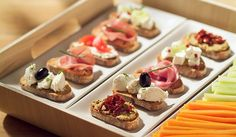 Fer bondat sense renunciar als aperitius Appetizers For Party, Appetizer Recipes, Aperitivos Finger Food, Spanish Tapas, Tasty, Yummy Food, Small Meals, Snacks, Canapes