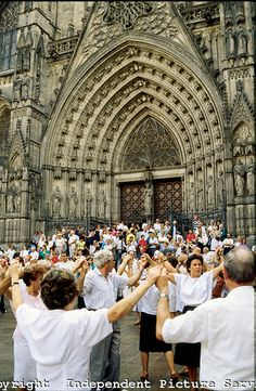 - People dancing La Sardana folk dance after mass on Sunday in front of the gothic cathedral Santa Eulalia in Barcelona, Spain. Barcelona City, Barcelona Catalonia, Barcelona Cathedral, Spain Culture, Places In Spain, Gothic Cathedral, People Dancing, Sitges, Folk Dance