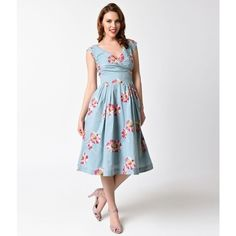 Emily and Fin 1940s Style Dusty Blue & Floating Daisies Cotton... (€115) ❤ liked on Polyvore featuring dresses, white dresses, white cotton dress, trapeze dress, white pleated dress and cotton dress