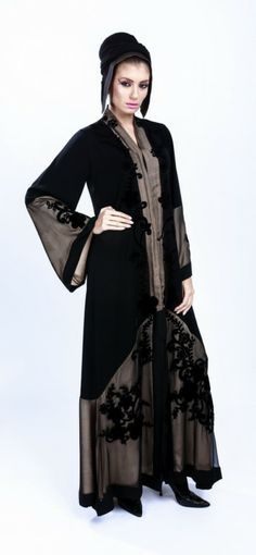 a Abaya Fashion, Fashion Outfits, Womens Fashion, Fasion, Islamic Fashion, Muslim Fashion, Orientation Outfit, Wiccan Clothing, Kaftan Pattern