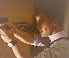 Theo James, Divergent Four GIFs