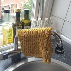 Måske det er tid til en forandring? Dishcloth Knitting Patterns, Knit Dishcloth, Knitting Stitches, Cowl Patterns, Knitting For Charity, Knitting For Kids, Crochet Home, Knit Crochet, Homemade Potholders