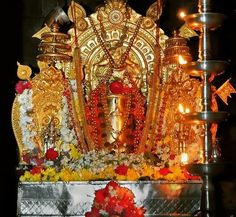 Lord Shiva Hd Images, Krishna Images, Shiva Yoga, Fruit Gifts, Lion Wallpaper, Indian Gods, Karnataka, Hinduism, Deities