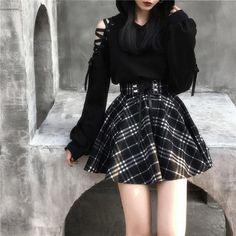 Schwarz-weißer karierter Rock mit hoher Taille Black and white checked skirt with a high waist, # Black and white Cute Skirt Outfits, Cute Casual Outfits, Edgy Outfits, Gothic Outfits, Cute Skirts, Grunge Outfits, Korean Outfits, Goth Girl Outfits, Work Outfits