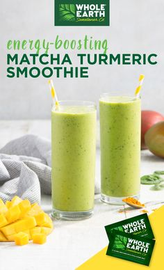 This green smoothie, made with Whole Earth stevia leaf & monk fruit zero calorie sweetener, is accented with matcha powder & turmeric and topped with chia seeds for an energy-boosting breakfast or…More Turmeric Smoothie, Matcha Smoothie, Juice Smoothie, Smoothie Drinks, Smoothie Recipes, Green Tea Smoothie, Smoothie Detox, Smoothie Bowl, Detox Drinks