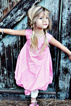 she is precious!!! I'm totally going to dod picture like this for my litttle girl!!!