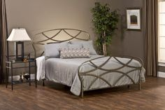 FAVORITE Hillsdale Furniture Landon Queen Complete Bed Hillsdale Furniture http://www.amazon.com/dp/B00C9P6RP6/ref=cm_sw_r_pi_dp_ShFOub0A3YJ0Q