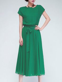 Modest Green Chiffon Midi Dress with short length sleeves Mode-sty Pretty Outfits, Pretty Dresses, Elegant Dresses, Modest Dresses, Short Sleeve Dresses, Modest Clothing, Long Dresses, Dress Long, Modest Fashion