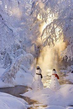 Snowman Couple Standing