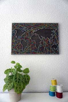 Wanddeko Weltkarte als Fadenbild: Living decoration for the hall / hallway decoration: w . String Art Tutorials, String Art Patterns, Diy And Crafts, Arts And Crafts, Art Yarn, Hallway Decorating, African Art, Art Projects, Easy Diy