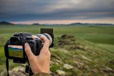 Button Focusing wird dein Leben verändern Back Button Focusing and Shooting with a Square Filter and Filter Holder in Central Mongolia.Back Button Focusing and Shooting with a Square Filter and Filter Holder in Central Mongolia. Landscape Photography Tips, Photography Camera, Landscape Photographers, Digital Photography, Nature Photography, Travel Photography, Easy Watercolor, Watercolor Landscape, Abstract Landscape