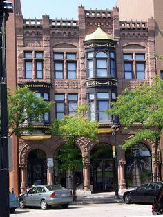 Downtown Building - Milwaukee, Wisconsin, USA