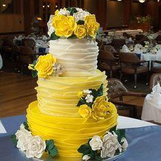 Super Wedding Cakes Blue Yellow Sugar Flowers Ideas Super Wedding Cakes Blue Yellow Sugar Flowers Ideas This image has get. Floral Wedding Cakes, Wedding Cakes With Flowers, Beautiful Wedding Cakes, Gorgeous Cakes, Wedding Cake Designs, Pretty Cakes, Cupcake Wedding, Flower Cakes, Beautiful Flowers