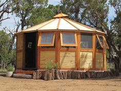 Turtleback Nomadic Yurts 1	  Turtleback Nomadic Yurts 1  Turtleback Nomadic Yurt is very unique and versatile yurt design which can be set up or taken down in just 2 hours. With 16ft diameter and 200sq ft space, the yurt can be loaded into an 8×10 trailer which makes it easy to move from one place to another. The structure has 10ft interior height at the center. The basic $8000 package made from pine and aspen wood includes 7 windows, no flapping canvas with Insulation R-value approx 5. You…