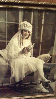 Photo of 1920s communion veil and communion dress on Etsy.