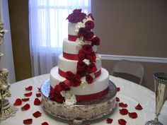 Bride's cake Brides Cake, Catering, Alabama, Desserts, Wedding Ideas, Food, Pies, Tailgate Desserts, Deserts