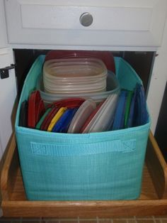Tired of being attacked by your Tupperware every time you have to digging for an item? Store them in a Your Way Rectangle from Thirty One Gifts! See more at fb.com/groups/michelleo31