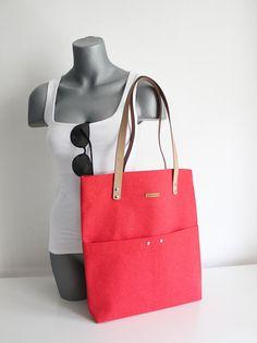 KAN03- Red Canvas, Tote Bag, Metal Zipper, Handmade Bag, Genuine Leather Handle, Canvas Bag,  Shoulder Shopper Bag