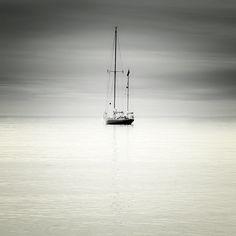 CISZA MARCIN BERA . KRAJOBRAZ Profesjonalna fotografia kolorowa obejmująca delikatne przejścia barw i niepowtarzalny nastrój, jakiego dostarczają ocean i współczesne techniki fotograficzne.