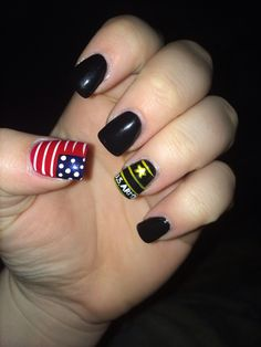 Patriotic nails/military manicure - for Memorial Day or Veterans Day Military Nails, Army Nails, Pedicure Nails, Gel Nails, Manicure, Mani Pedi, Fingernail Designs, Nail Art Designs, Army Nail Art
