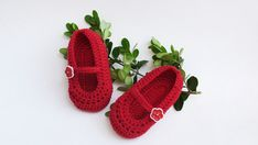 Crochet baby red shoes hand knitted от HelenKurtidu на Etsy, €12.00