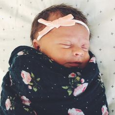 Sweet dreams to your lovely little baby @stephaniemcrandall. ❤ She's looking so snuggly in her midnight rose swaddle! #sweetdreams #baby #littleunicorn PC: @stephaniemcrandall