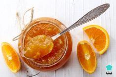 Nothing beats homemade orange marmalade for Sunday brunch. Well, maybe hot scones to slather the marmalade on. Chutney, Orange Jam Recipes, Healthy Eating Tips, Healthy Recipes, Orange Sponge Cake, Marmalade Recipe, Fruit Gifts, Vegetable Drinks, Fresh Fruit