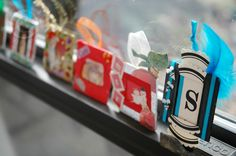 A holiday craft/ what to do with these slides cross over hit.  Mini photo frames.  Genius!  Slide idea 4 (or so)