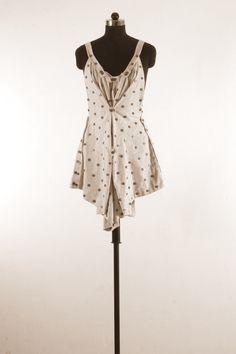 11 Buttonholes, The Help, Buttons, Summer Dresses, Fashion, Moda, Summer Sundresses, Fashion Styles, Fashion Illustrations