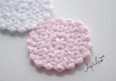 Crochet Home, Crochet Gifts, Cute Crochet, Knit Crochet, Crochet Triangle, Crochet Circles, Crochet Dollies, Crochet Flowers, Crochet Stitches