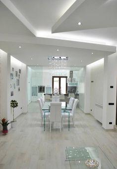 Foto di sala da pranzo in stile in stile moderno : molo house | homify