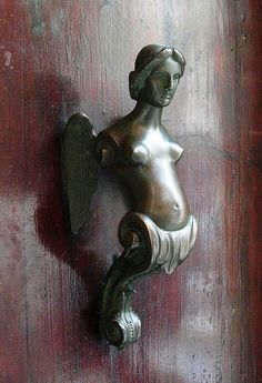 Venecia ~ Bronze Door Knocker